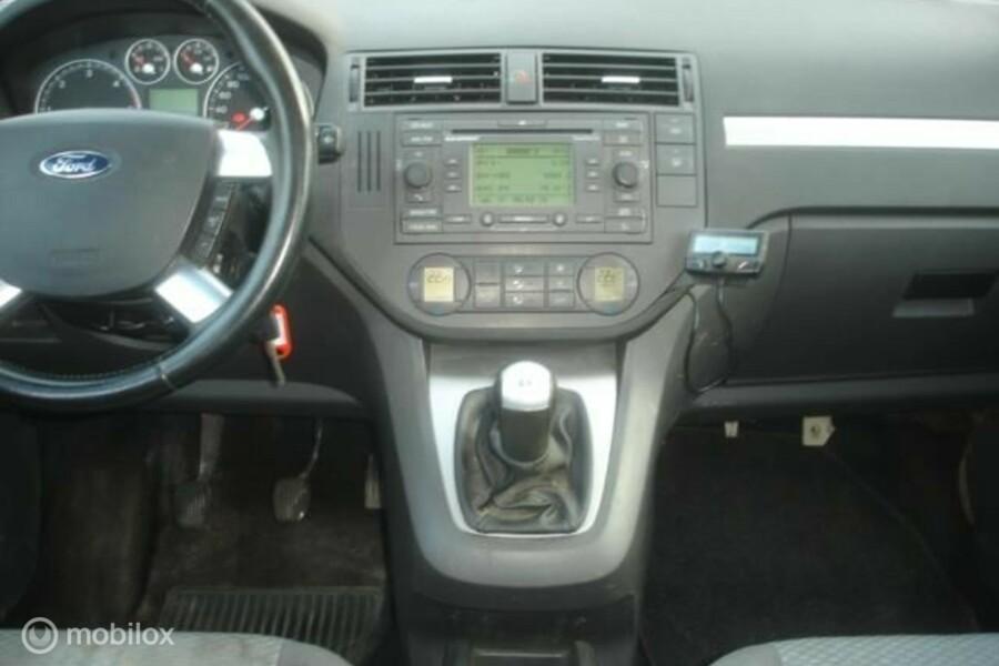 Ford Focus C-Max - 20 TDCi 6 bak-airco-navi rijdbare zijschade