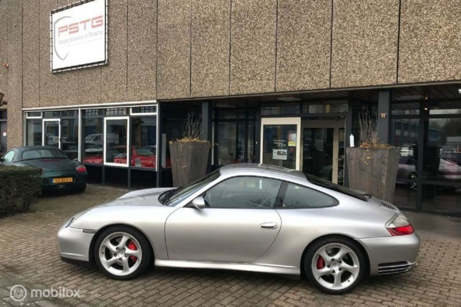Porsche 911 - 3.6 Coupé Carrera 4S?>