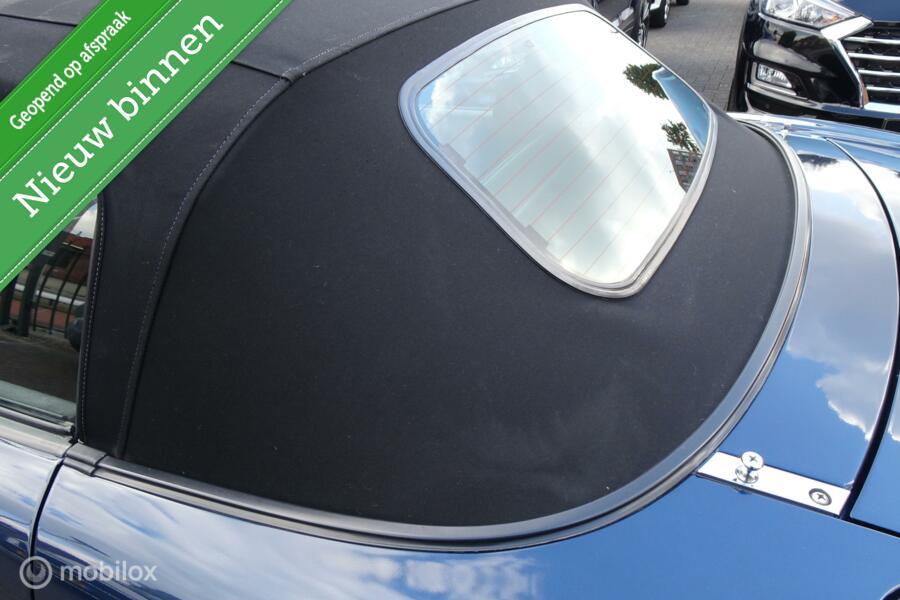 Mazda MX-5 1.6i  100% Roestvrij Met taxatierapport !!!