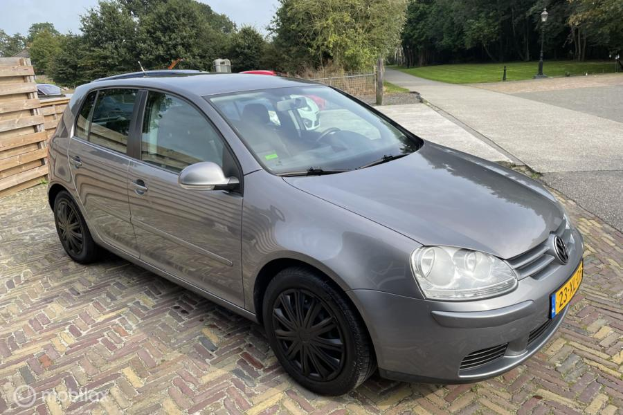 Volkswagen Golf 1.6FSI 115pk Optive | Airco | Cruise | Trek.