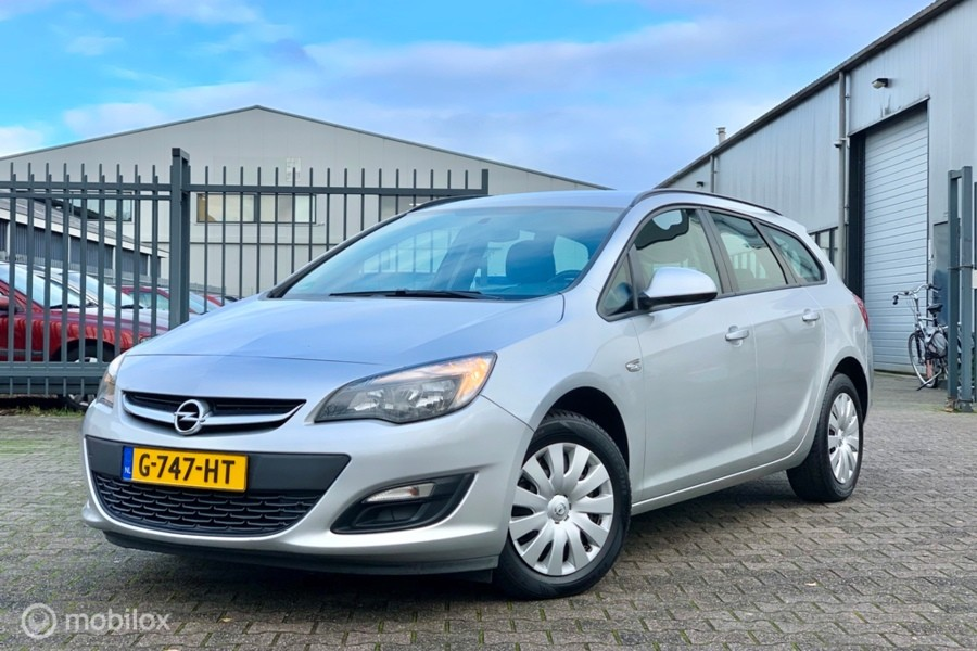 Opel Astra Sports Tourer 1.6 CDTi Edition?>