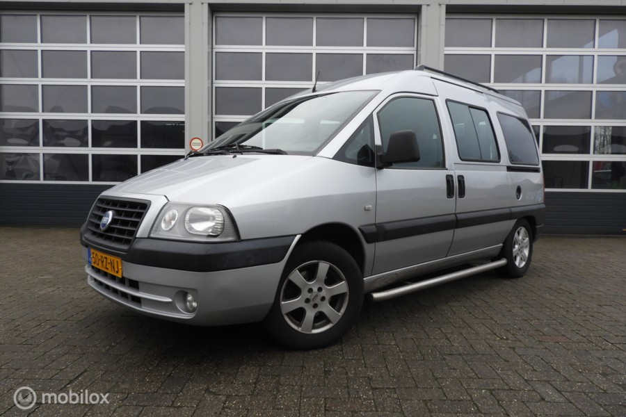 Fiat Scudo Bus 2.0-16V  Automaat, 8 persoons , airco