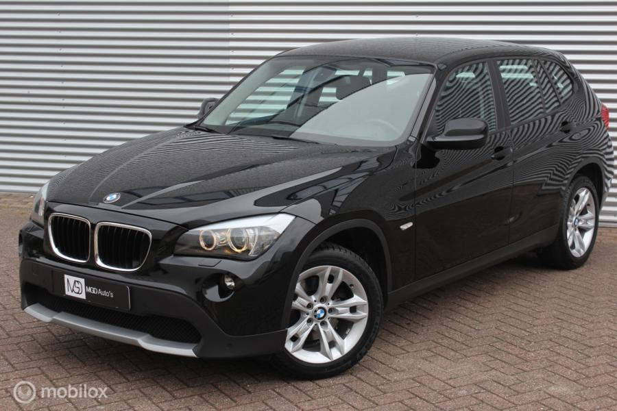 BMW X1 sDrive18i /AUTOMAAT/XENON/LED/CRUISE/PDC V+A/NIEUWSTAAT!