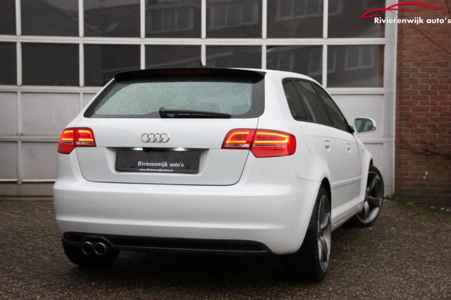 Audi A3 Sportback 1.6 TDI AmbitionPro Line 2XS-Line Bose NAP