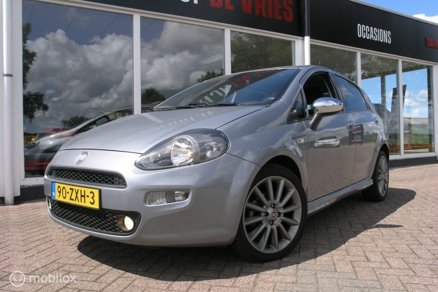 Fiat Punto Evo 0.9 TwinAir Sport Clima/Cruise/17Inch/Parkeer