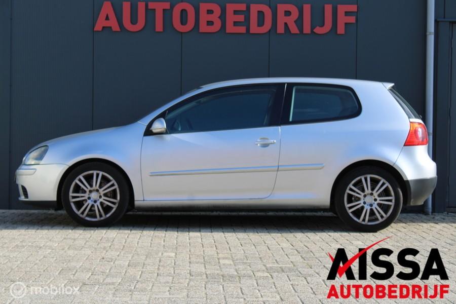 Volkswagen Golf 1.6 FSI Sportline Cruise/Airco/INRUILKOOPJE!