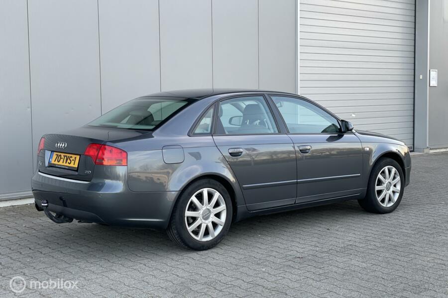 Audi A4 2.0 Pro Line Automaat Airco/Cruise/Leder/PDC/Navi