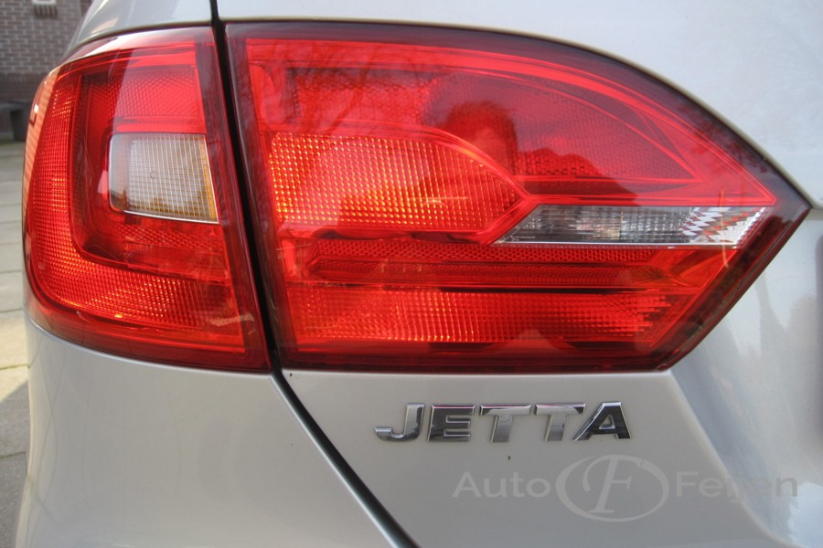 Volkswagen Jetta 1.4 TSI Comfortline 90kW Climatronic + PDC