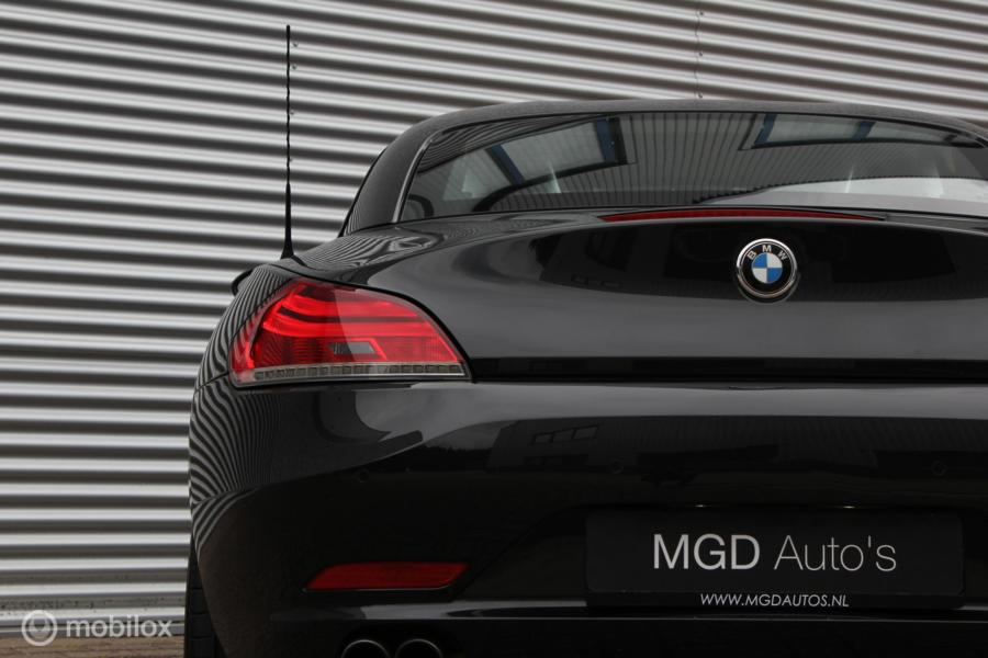 BMW Z4 Roadster sDrive23i /LED/XENON/LEDER/STOELVERW./CLIMATE/PDC V+A/17 INCH!