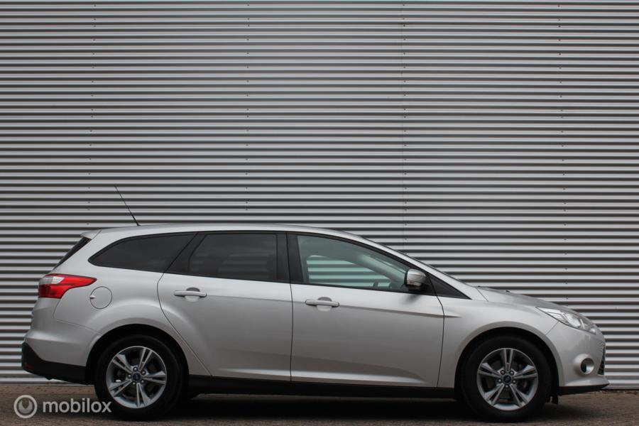 Ford Focus Wagon 1.6 TI-VCT Sync Edition Automaat /AIRCO/16 INCH/BLUETOOTH/PDC!