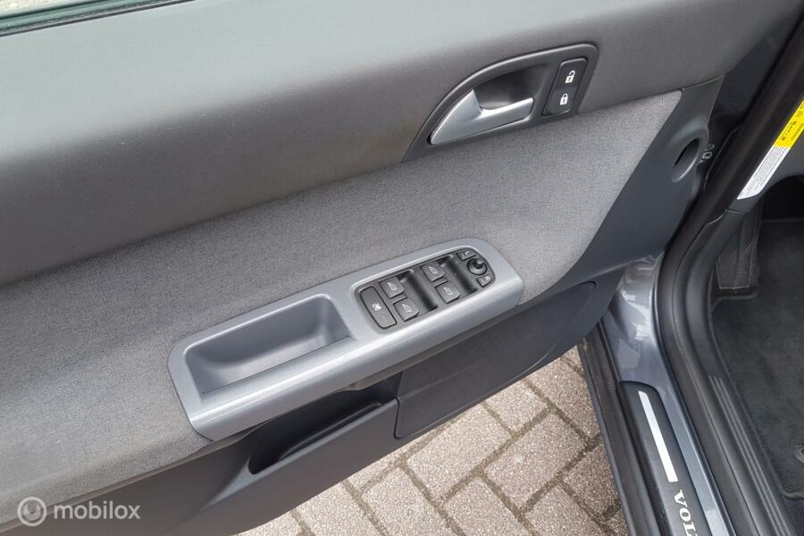 Volvo V50 1.8 Momentum/124767 KM **CLIMATE CONTR./LM VELGEN