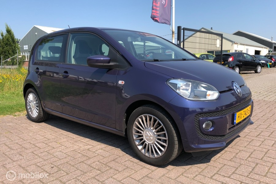 Volkswagen Up! 1.0 high up! BlueMotion Navi Cruise PDC Airco