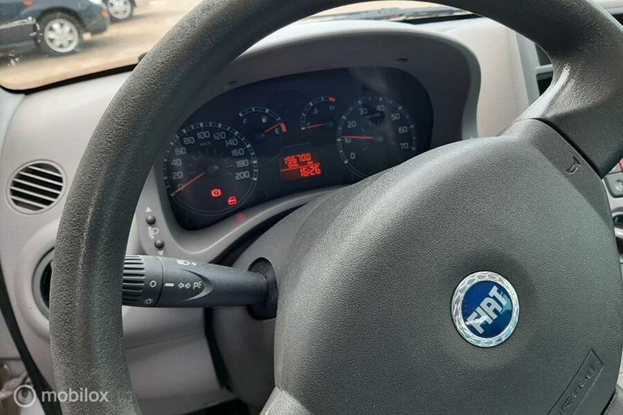 Fiat Panda 1.2 Navigator  nieuwe apk