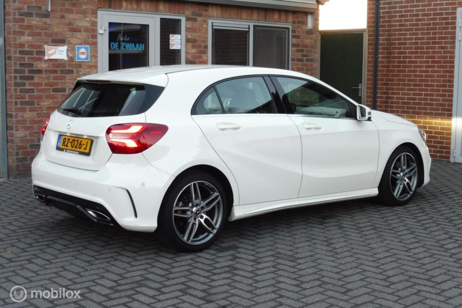 Mercedes A-klasse 180 Business Solution AMG, Led, Camera,18 INCH