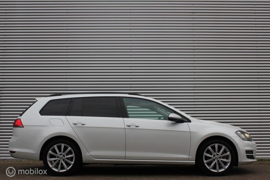 Volkswagen Golf 1.4 TSI ACT Highline /XENON/LED/MASSAGE/GROOT NAVI/ACC/CARPLAY/PARK-ASSIST/STOELVERW/CAME4RA!