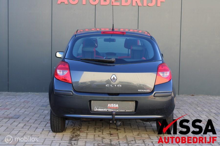 Renault Clio 1.2-16V Rip Curl Airco/Aux-Usb APK 28-03-2021