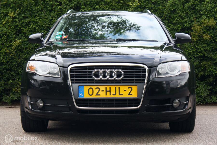 Youngtimer Audi A4 Avant 1.8 Turbo AUTOMAAT trekhaak/18 inch