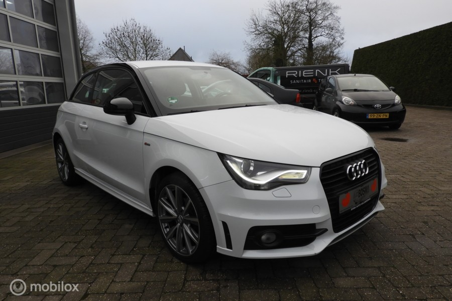 Audi A1  1.2 TFSI  S-line  LED / XENON