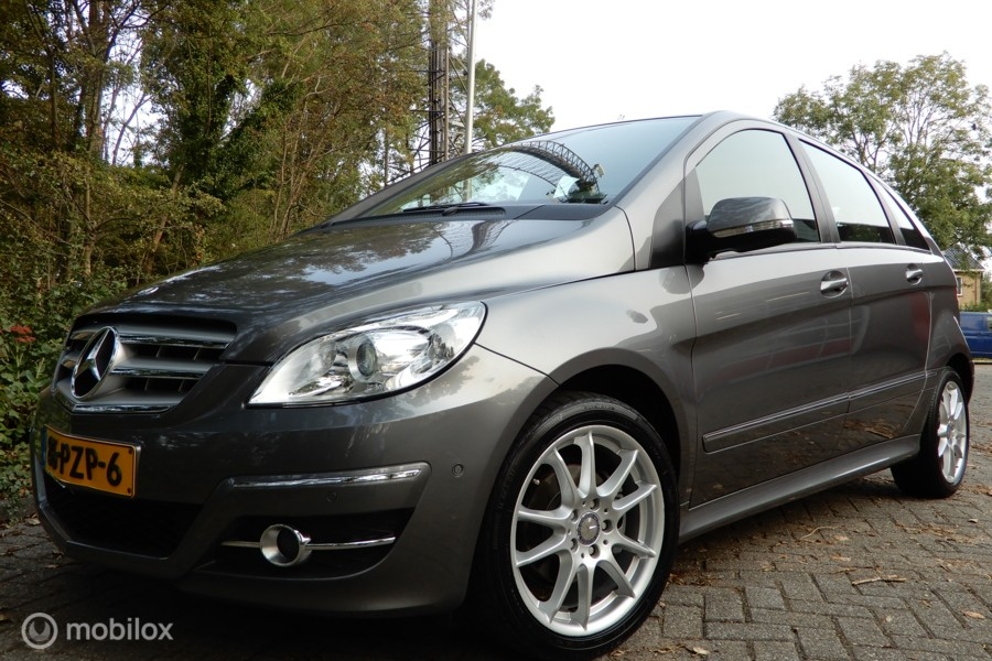 Mercedes B-klasse 160 Business Class / AUTOMAAT / NAVI / ETC