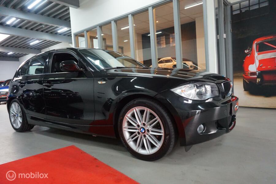 BMW 1-serie 116i //M -PAKKET OPENDAK LEER STOELVERW VOLLEDIG ONDERHOUDEN