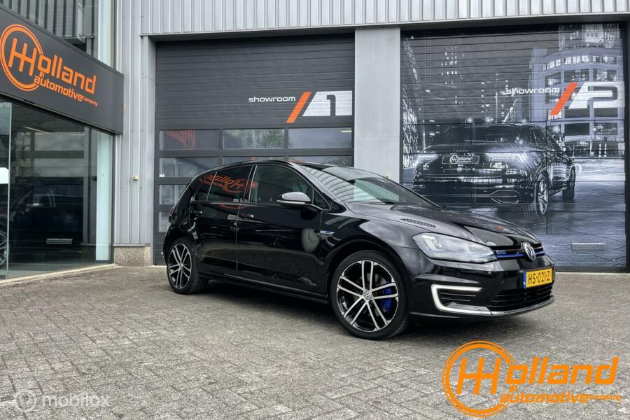 Volkswagen Golf 1.4 TSI GTE  groot navi  distronic  led