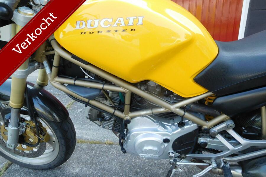 Ducati M 600 Monster