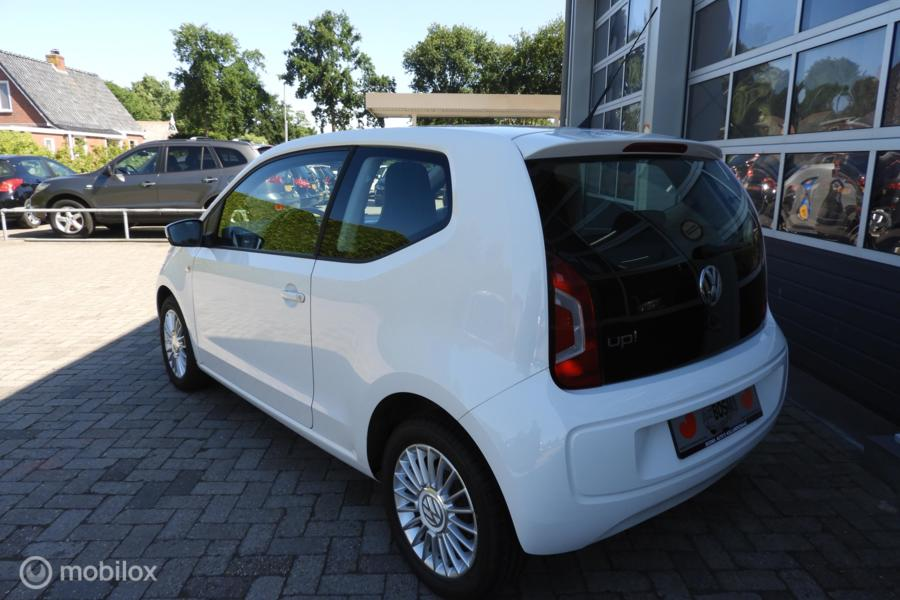 Volkswagen Up! 1.0 high up!  75 PK