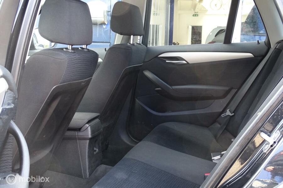 BMW X1 sDrive20i Navi PDC