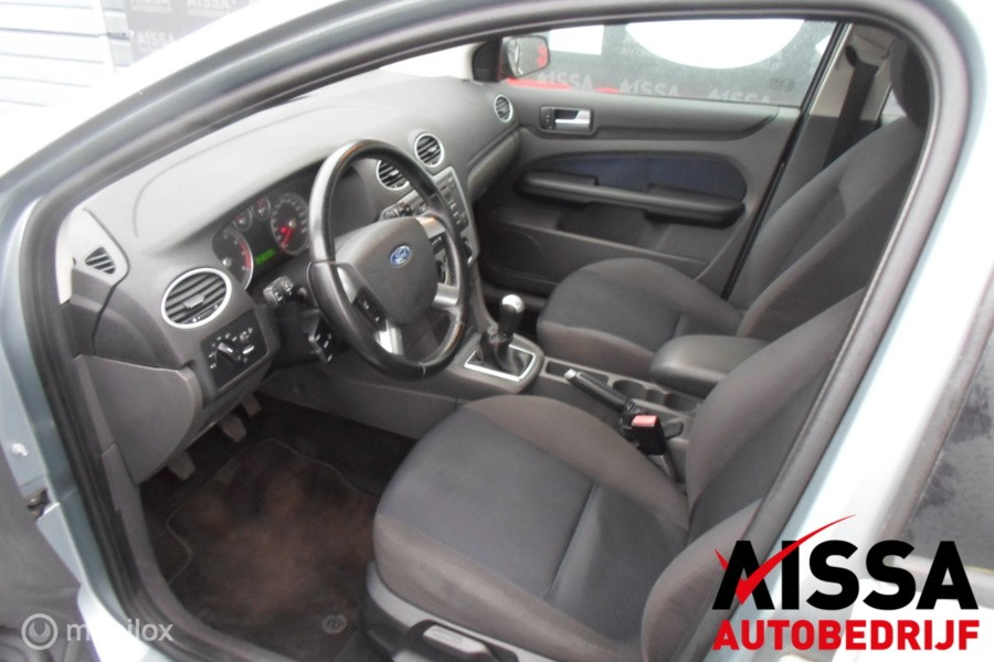 Ford Focus 1.6-16V First Edition APK 04-2020