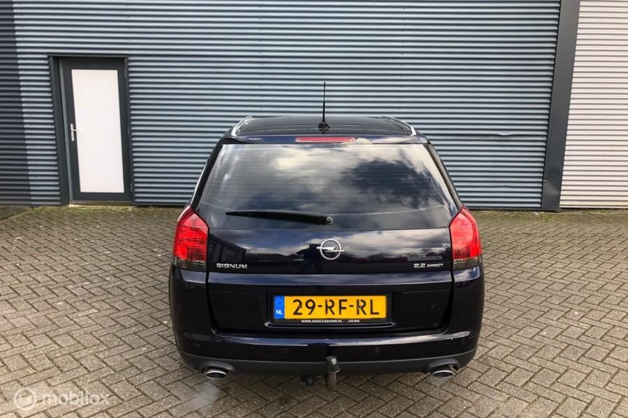 Opel Signum 2.2-16V Cosmo