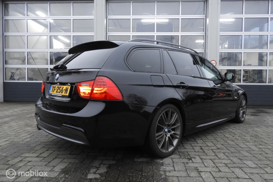 BMW 3-serie Touring 325d High Executive Full optie's