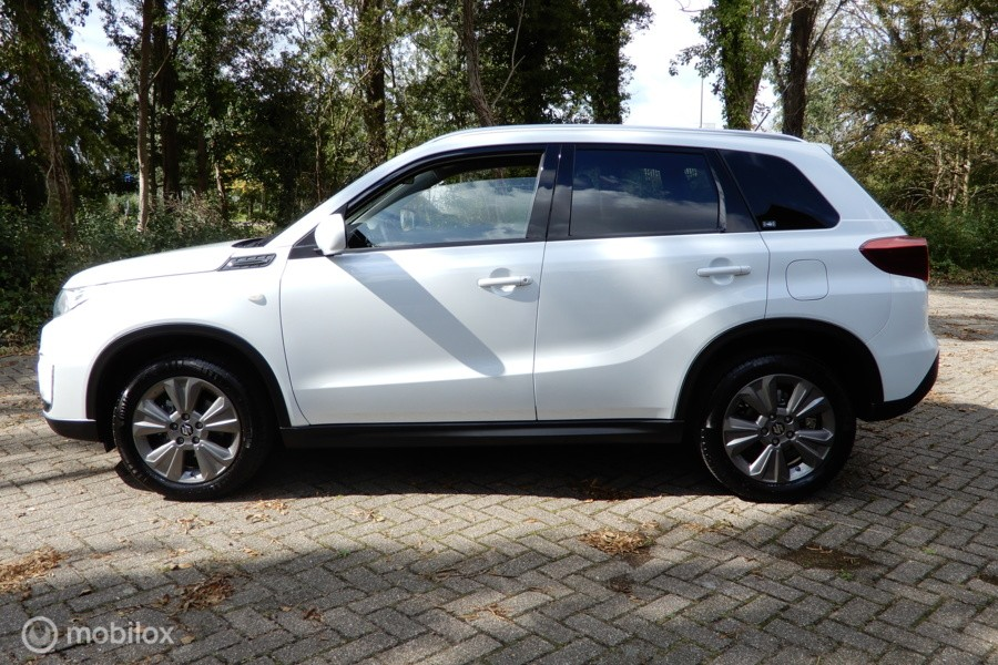 Suzuki Vitara 1.0 Boosterjet Comfort / Camera / Stoelverwarming / etc..