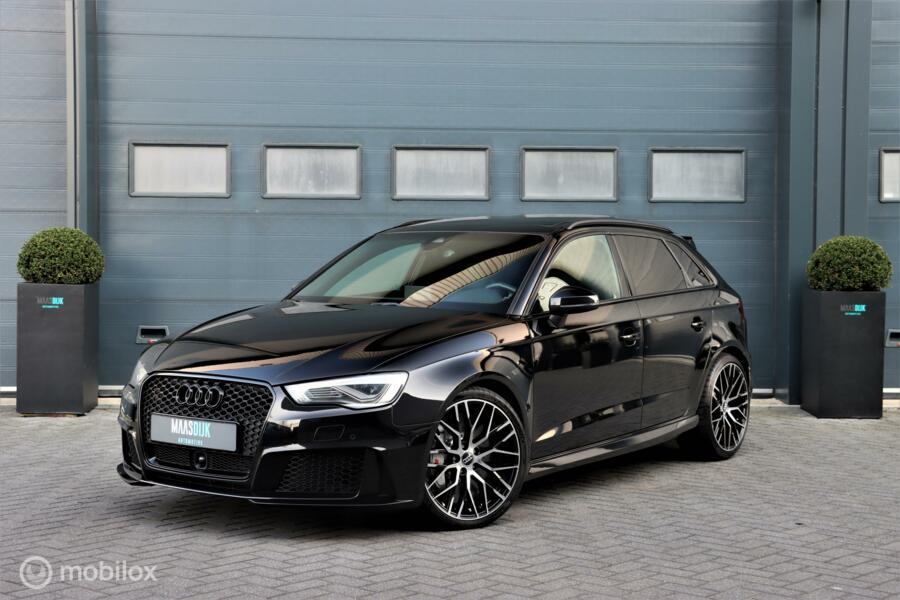 Audi RS3 2.5 TFSI RS3 quattro|Keramisch|Pano|RS stoelen