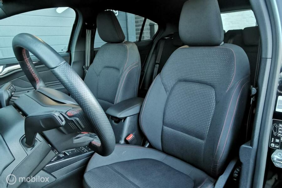 Ford Focus 1.0 EcoBoost ST Line 125PK/Led/camera/ACC/DCC/VOL