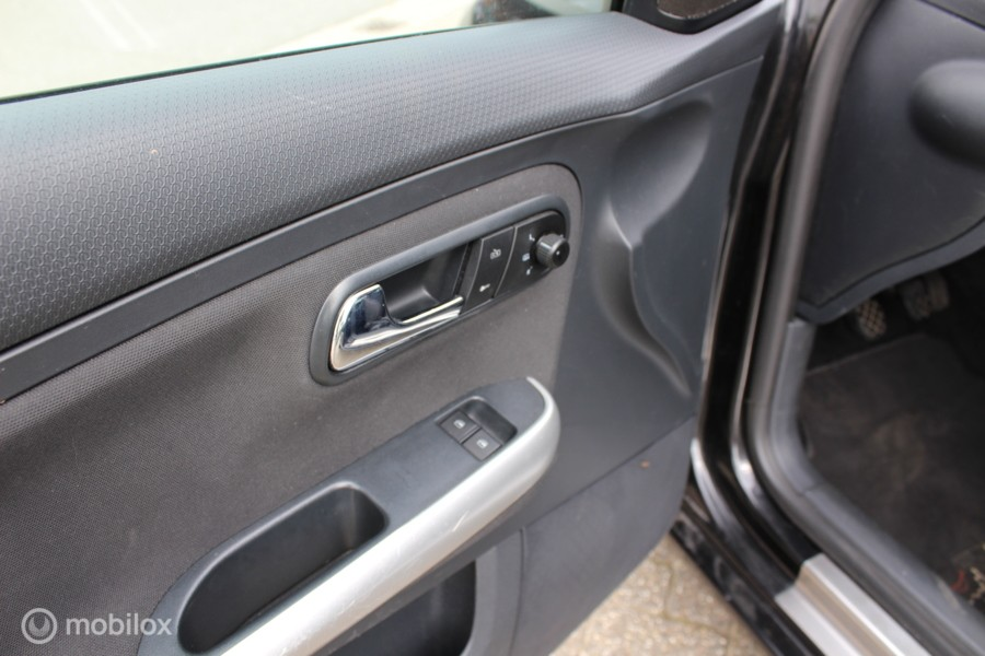 Seat Ibiza 1.6-16V Sportstyle clima nap