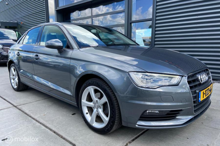Audi A3 Limo 2.0TDI Ambiente Pro Line Plus, LED/Xenon, Leer,
