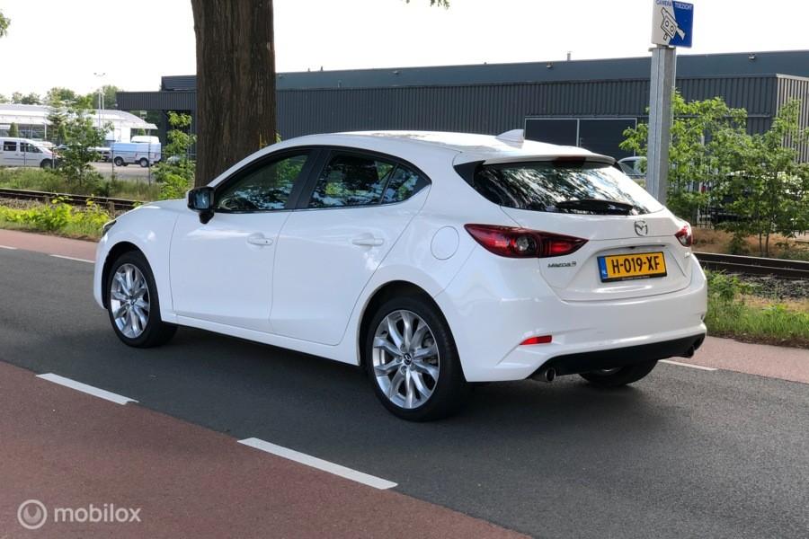 Mazda 3 2.0 SkyActiv-G 120 2017 Navi, Cruise, Clima, Camera