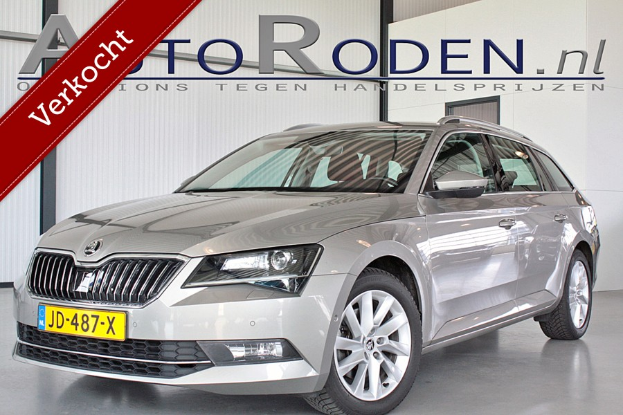 Skoda Superb Combi 1.6 TDI Style Business DSG