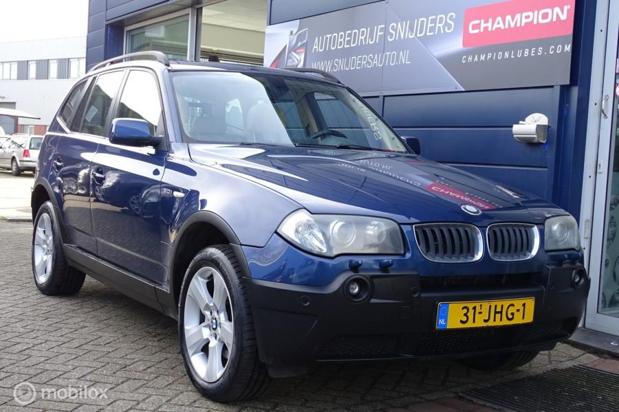 BMW X3 3.0i Executive panodak Leer