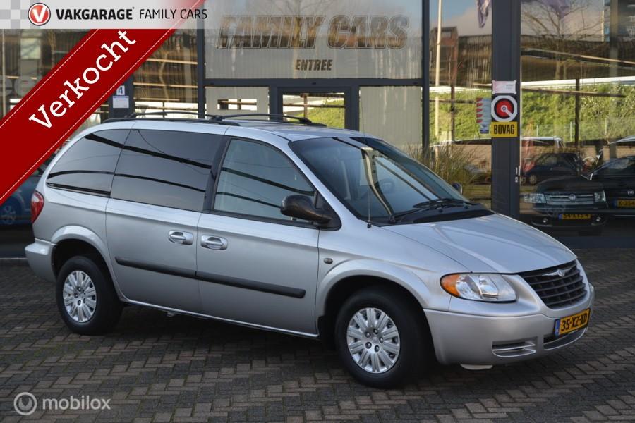 Chrysler Voyager 3.0 V6 Aut. Voyager Town & Country 3.3 V6