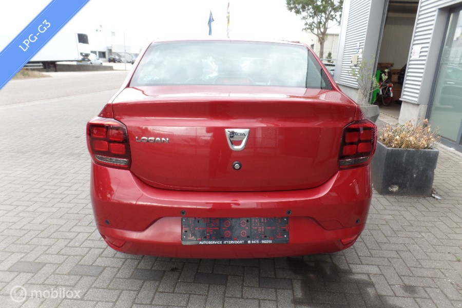 Dacia Logan sedan 0.9 TCe Bifuel Laureate,Navi