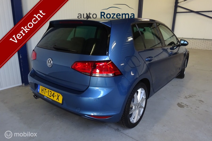 Volkswagen Golf  1.0 TSI Business Edition Connected