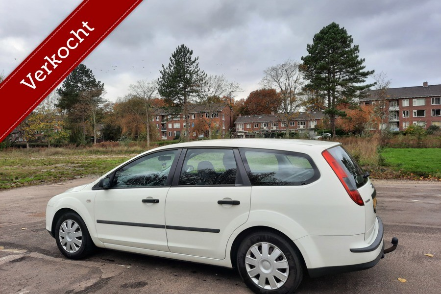 Ford Focus Wagon 1.6-16V Airco Cruise NAP