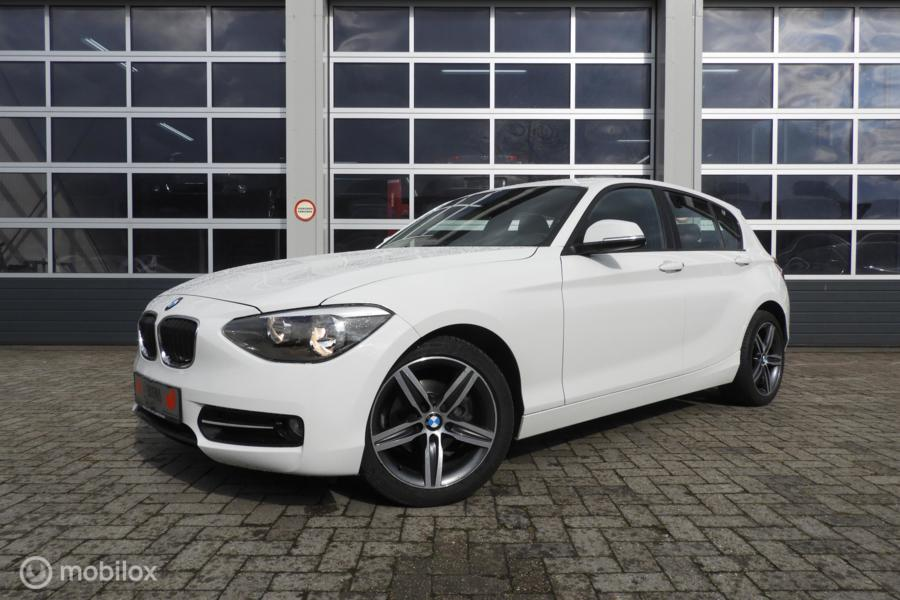 BMW 1-serie 116i Business+ Limited Edition Sportstoelen
