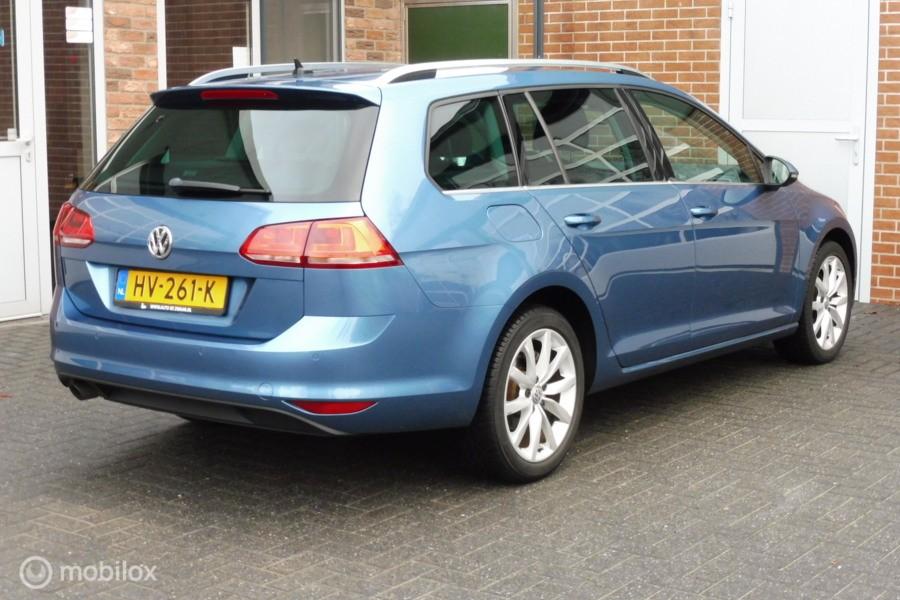 Volkswagen Golf Variant 1.2 TSI Highline,Navigatie,Camera,17 Inch LMV, Chroom
