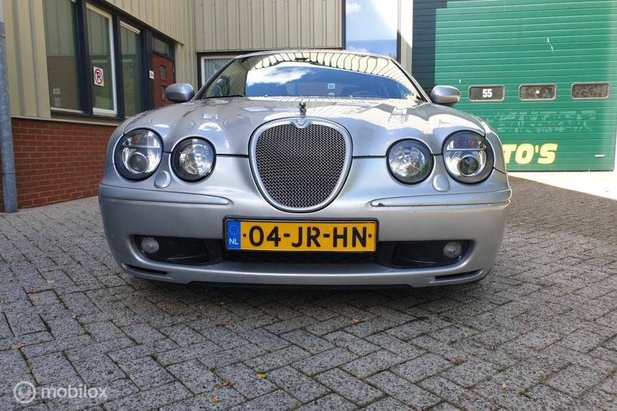 Jaguar S-type 4.2 V8 R S/C