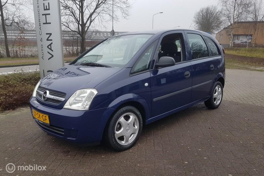 Opel Meriva 1.6 Essentia/hoge instap/AIRCO/5 drs/lm velgen