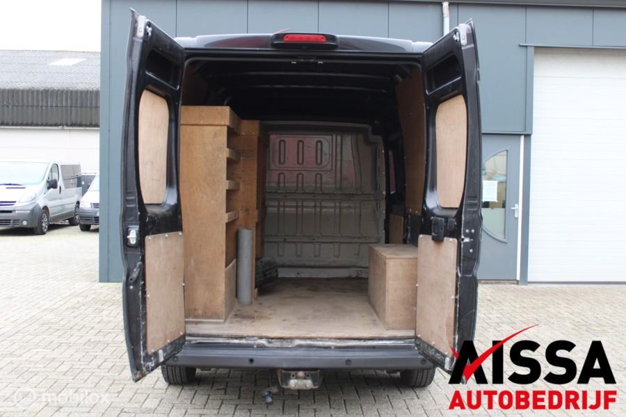 Peugeot Boxer Bestel 330 2.0 BlueHDI L2H2 Premium Pack