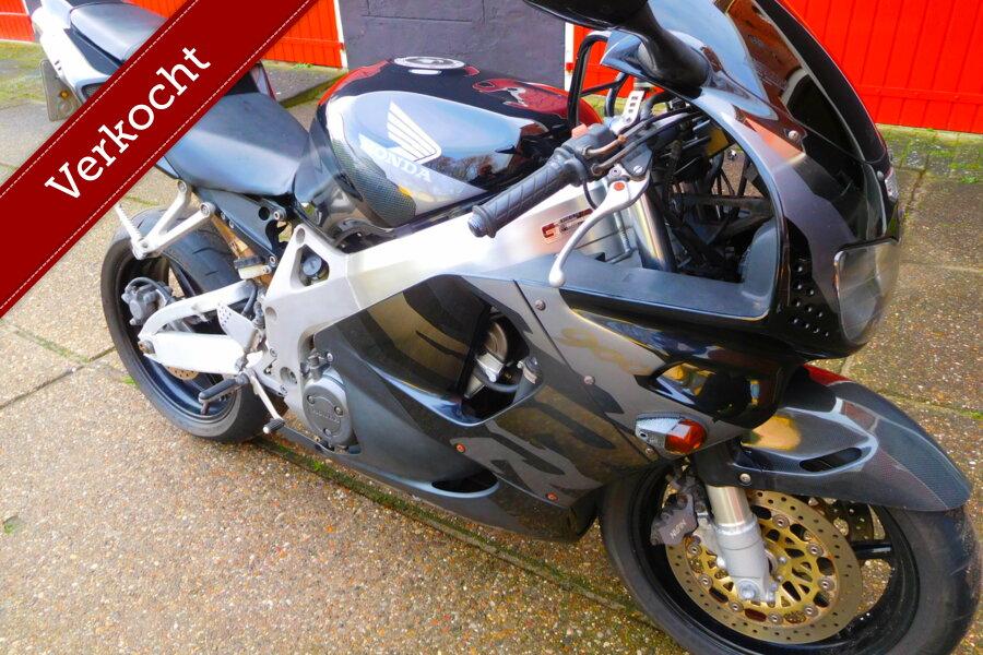 Honda Sport CBR 900RR Fireblade