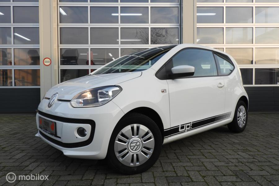 Volkswagen Up! 1.0 move up! 75 PK , Navigatie